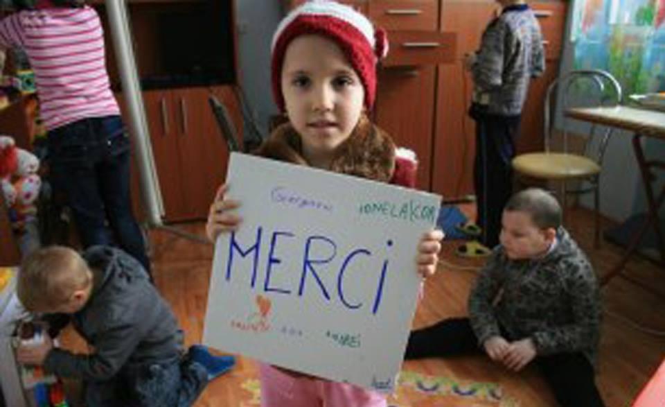 Poți susține sănătatea și educația copiilor de la sate completând declarația 230